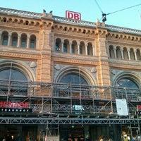 Photo taken at Hannover Hauptbahnhof by Kai R. on 6/26/2013