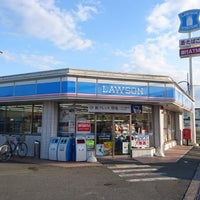 Photo taken at Lawson by つじやん 3. on 3/24/2017
