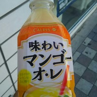 Photo taken at ローソン 後楽園通店 by つじやん 7. on 10/14/2015