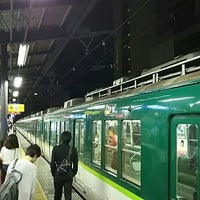 Photo taken at 守口市駅 3-4番ホーム by つじやん on 9/12/2015