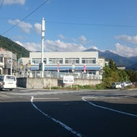 Photo taken at ローソン 湯田中駅前店 by つじやん 7. on 10/8/2014