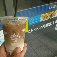 Photo taken at ローソン 札幌北1条西一丁目店 by つじやん 1. on 8/9/2015