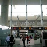 รูปภาพถ่ายที่ Aeropuerto Internacional de la Ciudad de México (MEX) โดย Prax V. เมื่อ 5/11/2015