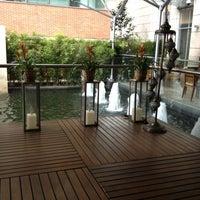 Foto tomada en JW Marriott Hotel Bogota por Susan B. el 12/5/2012