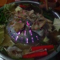 Photo taken at เพชรลำภูหมูย่างเกาหลี by Pochi_ny on 7/19/2014