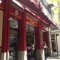 Photo taken at Boatella Tapas by Dalinchen on 10/29/2012