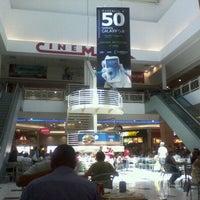 Foto tirada no(a) Carioca Shopping por Mauro C. em 12/10/2012