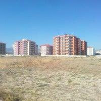Photo taken at Davrazkent Akademi inşaat alanı by Yasin A. on 8/8/2016