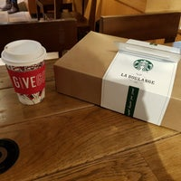 Photo taken at Starbucks by Tomás Youngjoo L. on 12/7/2017