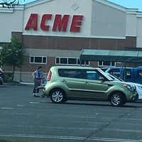 Photo taken at ACME Markets by Jamule C. on 6/30/2016