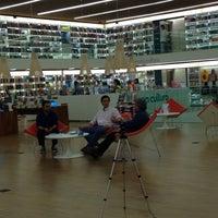 Foto tirada no(a) Livraria Cultura por Vinicius R. em 4/7/2014