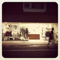 Foto diambil di Shibuya Publishing & Booksellers oleh もふもふ pada 7/26/2013