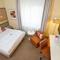 Das Foto wurde bei Mercure Hotel Dortmund Centrum von EVENT Hotels am 4/2/2014 aufgenommen