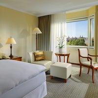 Das Foto wurde bei The Westin Bellevue von EVENT Hotels am 4/1/2014 aufgenommen