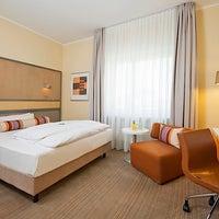 Das Foto wurde bei Mercure Hotel Dortmund Centrum von EVENT Hotels am 4/1/2014 aufgenommen