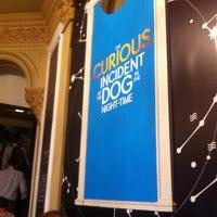 7/26/2013 tarihinde Leah H.ziyaretçi tarafından Apollo Theatre'de çekilen fotoğraf