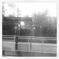 Foto tirada no(a) Kings Langley Railway Station (KGL) por Leah H. em 8/11/2013