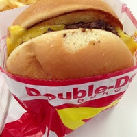 Photo taken at In-N-Out Burger by Alexander B. on 7/5/2013