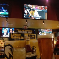Photo taken at Buffalo Wild Wings by Vincent L. on 6/3/2014