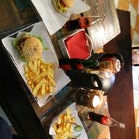 Das Foto wurde bei Triple B - Beef Burger Brothers von Stefan E. am 3/13/2015 aufgenommen
