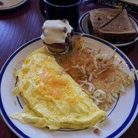 Photo taken at Bob Evans Restaurant by Alex G. on 9/17/2012