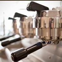 Foto tomada en Neveux Artisan Creamery & Espresso Bar por Neveux Artisan Creamery & Espresso Bar el 4/1/2014
