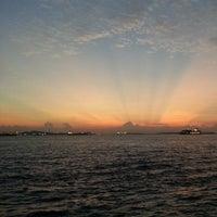 Foto scattata a Pulau Bukom Ferry Jetty da Shahzarul S. il 3/28/2014