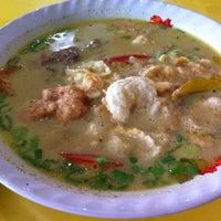 Photo taken at Restaurant Sunda Kelapa by Gebhy E. on 4/12/2014
