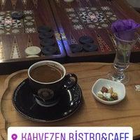 7/17/2017 tarihinde Mustafa KaRaoqLan..ziyaretçi tarafından Kahvezen Bistro & cafe'de çekilen fotoğraf