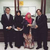 Photo taken at Kompleks Pejabat Kerajaan Daerah Petaling (Pejabat Daerah Petaling) by Kentz Tan Z. on 11/18/2016