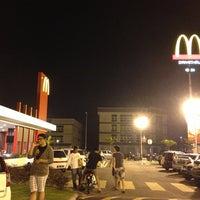 Photo taken at McDonald's & McCafé by Ivan L. on 1/17/2013