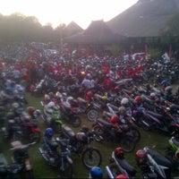 Photo taken at Taman Budaya Jawa Tengah by Bagazt Prasetyo Utomo on 6/14/2014