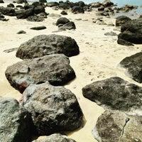 Photo taken at Playa de Paraiso by Darryl markovnikov F. on 7/14/2015