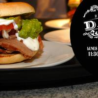 Foto tomada en Danés Bar & Restaurant por Danés Bar & Restaurant el 4/3/2014
