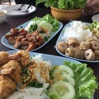 Photo taken at หนองคาย ป้าสุ by Benja S. on 12/5/2016