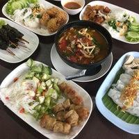 Photo taken at หนองคาย ป้าสุ by Benja S. on 12/5/2017