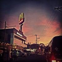 Photo taken at McDonald's by Elcid L. on 12/21/2012
