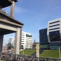 Photo taken at Voor de Bijen (gestapelde tafels) by Ad V. on 4/24/2013