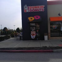 Photo taken at Dunkin Donuts by Amber B. on 9/30/2012