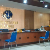 Photo taken at Badan Pertanahan Nasional Kantor Pertanahan Kota Medan by Supianto on 1/19/2015