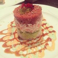 2/9/2014 tarihinde Eric G.ziyaretçi tarafından Sushi Axiom Henderson'de çekilen fotoğraf