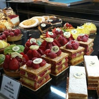 Photo taken at Amoud boulangerie by Oussama T. on 11/7/2015