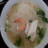 Photo taken at Pho Goodness by Gianna L. on 1/5/2013