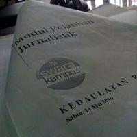 Photo taken at Kedaulatan Rakyat by Ruru on 5/14/2016