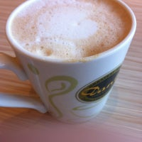 Photo taken at 丹堤咖啡 Dante Coffee by Amo W. on 11/1/2015