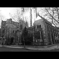 Photo prise au Yale Law School par Suzanne E. le11/24/2012