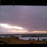 Foto tirada no(a) Praia do Moinho por mrs p. em 12/16/2012