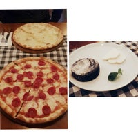 2/10/2017 tarihinde Yasin G.ziyaretçi tarafından Double Zero Pizzeria'de çekilen fotoğraf