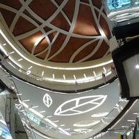 Photo prise au Lippo Mall Kemang par Fadly R. le12/7/2012