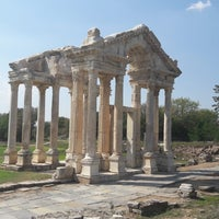 Photo taken at Aphrodisias by Aysu A. on 8/25/2018